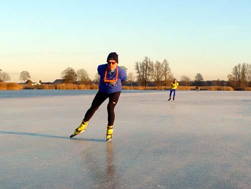 Eerste schaatsers in Wetering en omstreken