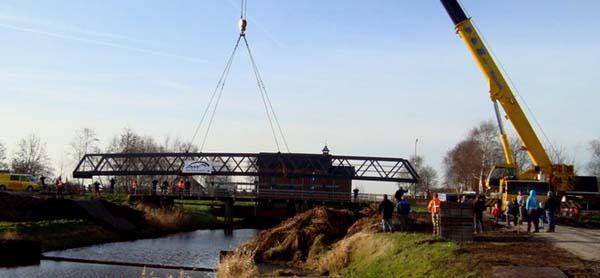 Nieuwe brug bij Wetering Oost